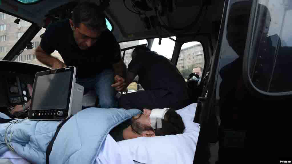 A Reporter of 'Le Monde' French Newspaper Injured by Azerbaijan in Martuni Town